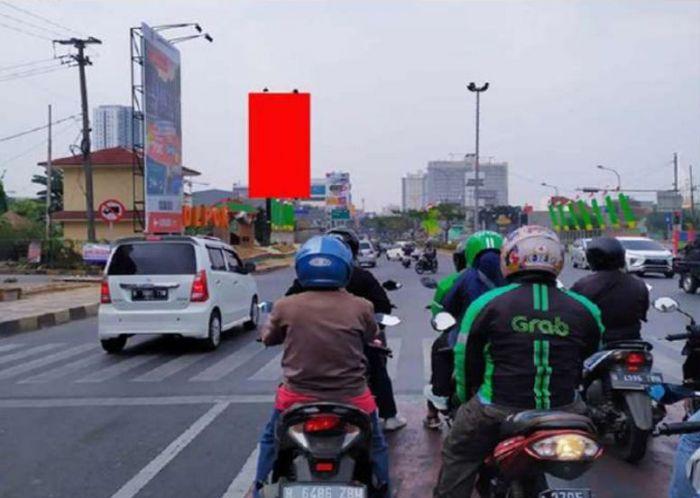 JL. RAYA MARGONDA  / PERTIGAAN JUANDA (VIEW DEPOK MENUJU JAKARTA)